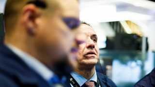 US shares decline on open as earnings kick in