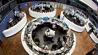 Europe closes mostly higher with Brexit in focus