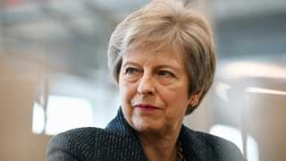 May to face no confidence vote if she keeps Chequers - Report