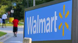 Walmart lowers profit guidance on Flipkart costs