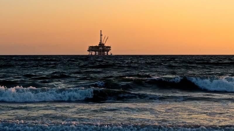 Saudi Arabia, Iraq to work together on oil market stabilization