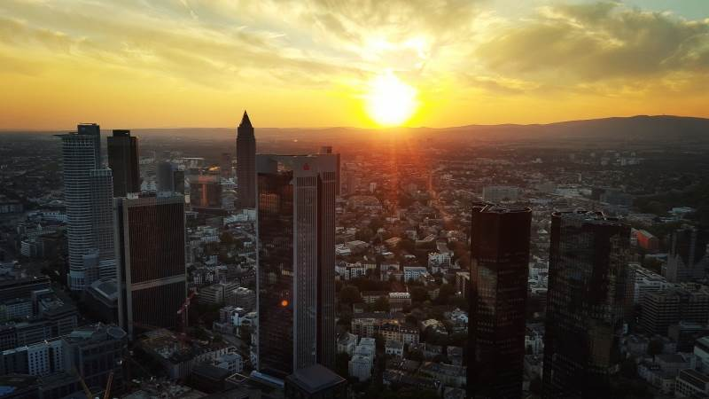 European equities rise slightly during premarket trading