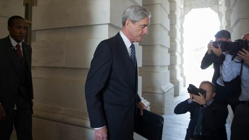 Mueller's team starts final report on meddling - sources