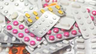 Florida adds Walgreens, CVS to opioids lawsuit