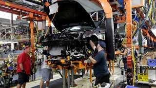 US regulators probing GM for brake issues
