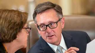 Fed's Clarida stresses hikes depend on data