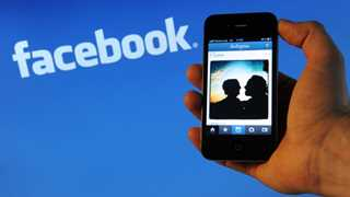 Facebook to exclude news posts from ad archive