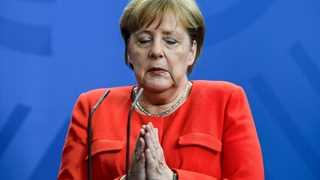 Merkel's plane makes emergency landing en route to G20
