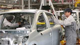 Eurozone manufacturing growth slows in November