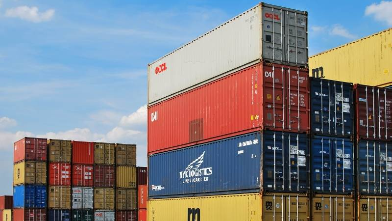 US trade deficit grows to $55.5B in October