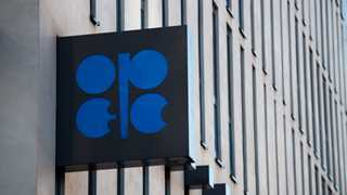 OPEC agrees to cap oil production - report