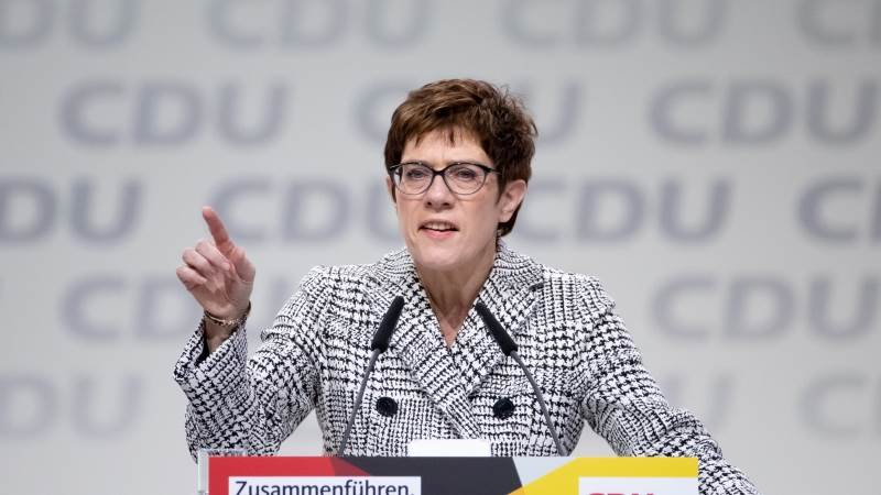 Kramp-Karrenbauer to succeed Merkel as CDU leader