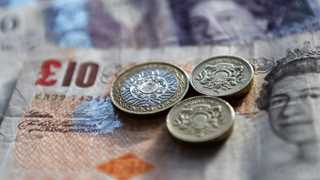 Pound drops amid delayed Brexitdeal vote