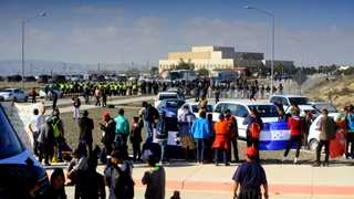 Trump asks SCOTUS to uphold asylum ban
