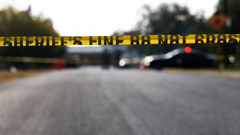 23 schools on lockdown over 'suspicious person' - TeleTrader com