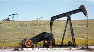 Crude prices rise amid signs of undersupply