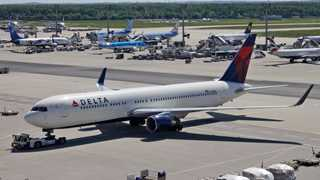 Delta down 5% after revenue forecast revision