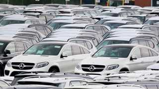 China to lift retaliatory tariffs on US cars as of January 1