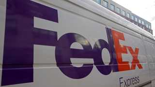 FedEx posts EPS at $3.51 in Q2, up 23.6% YoY