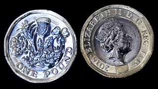 Sterling sinks on fresh Brexit concerns