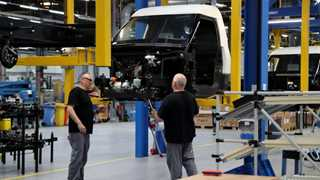 German industrial production falls 1.9% in November