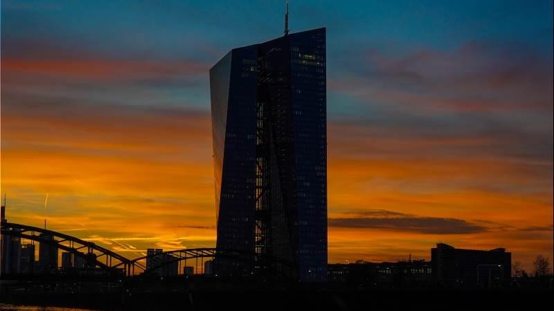 ECB: Oil price drop, fiscal stimulus are upside risks