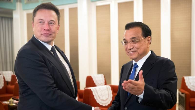 China's PM offers Musk permanent residency