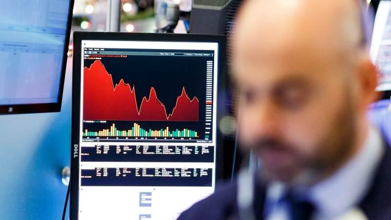 Treasuries rise as China slowdown dents stocks