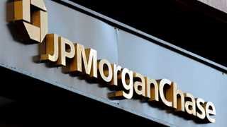 JPMorgan Chase posts revenue at $26.8B in Q4, up 4% YoY