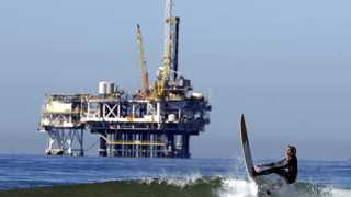 Oil trades higher as China vows to boost fiscal spending
