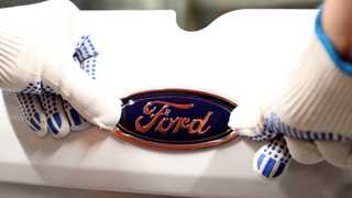 Ford posts revenue of $41.8B in Q4, up 1% YoY