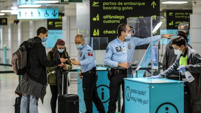 Portugal to admit most EU travelers from Monday