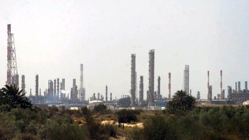 Saudi Arabian oil exports fall in August