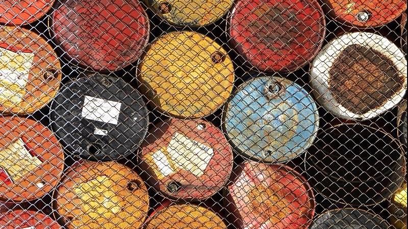 EIA: U.S. crude stocks fall by 5.2 million barrels