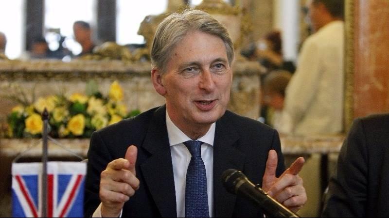 Hammond: U.K. not to restrict all migration