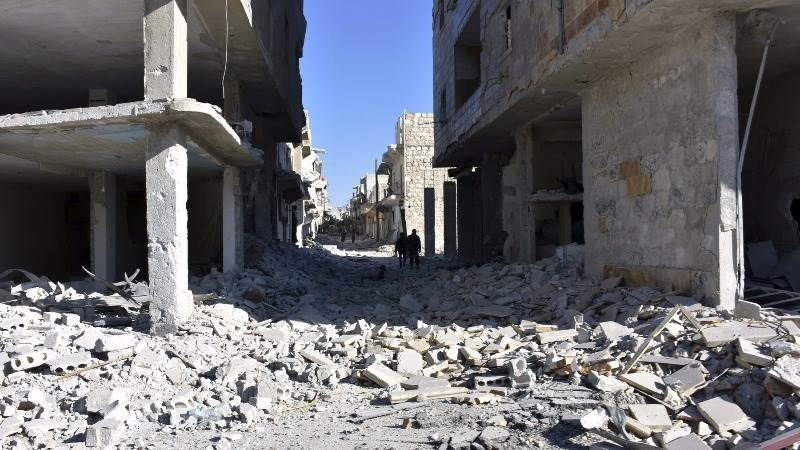 At least 20 civilians killed in air strikes in Aleppo