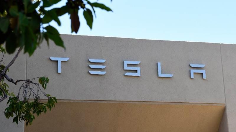 DMV: Tesla can run dealerships in Richmond