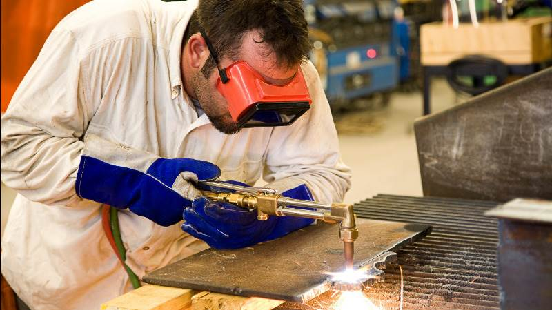 Markit: U.S. manufacturing sector continues to grow