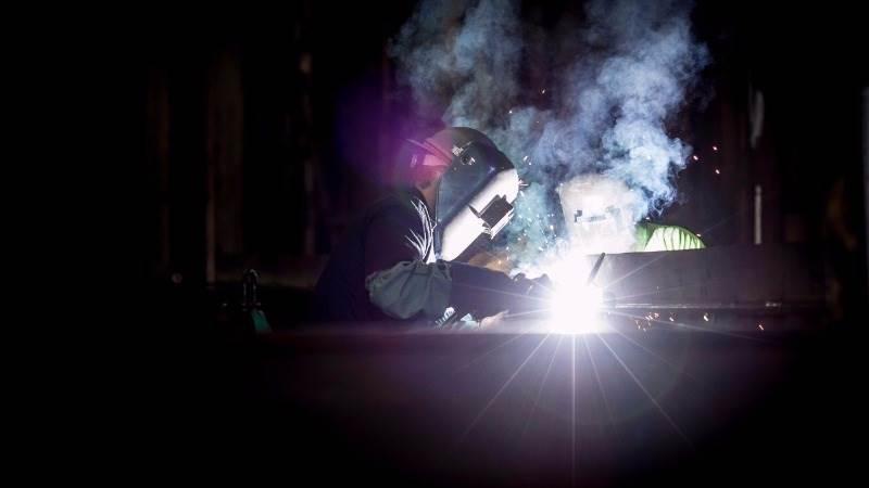 ISM: U.S. manufacturing expands in November