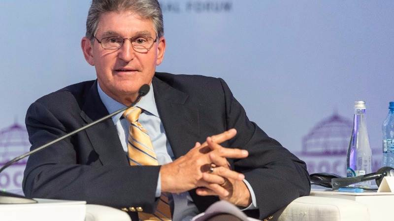 Politico: Trump eyeing Manchin for energy secretary