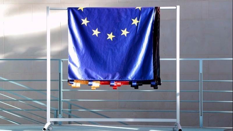 Europe opens lower amid political uncertainty