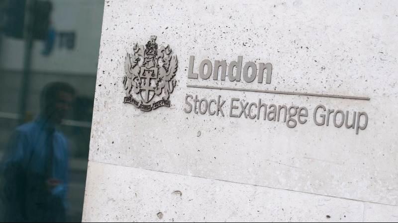 FTSE 100 reaches record high