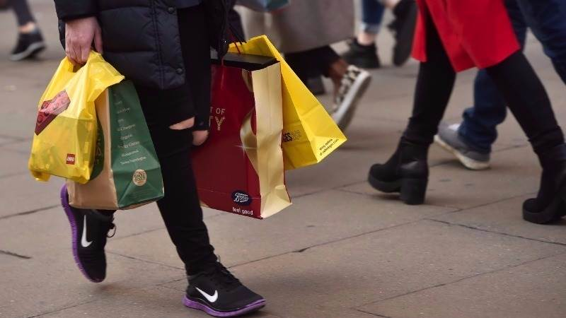 UK retail sales down 0.3%  in January