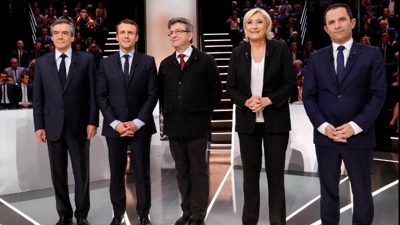 Le Pen to boost defense, economic patriotism