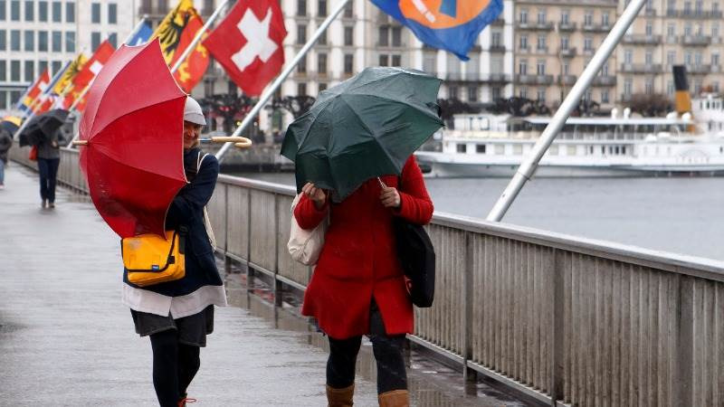 Switzerland revises growth estimate down to 1.6%