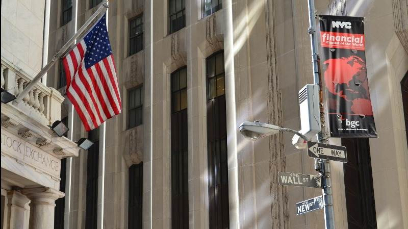 US stocks seen higher amid earnings releases