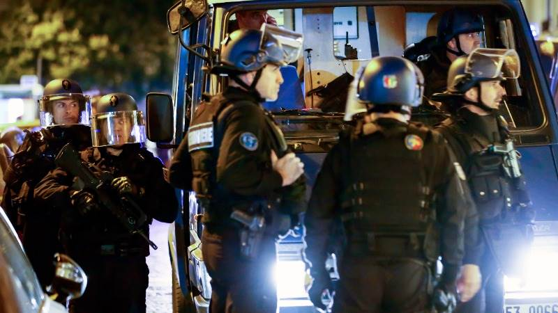 New suspect in Paris shooting turns himself in to police