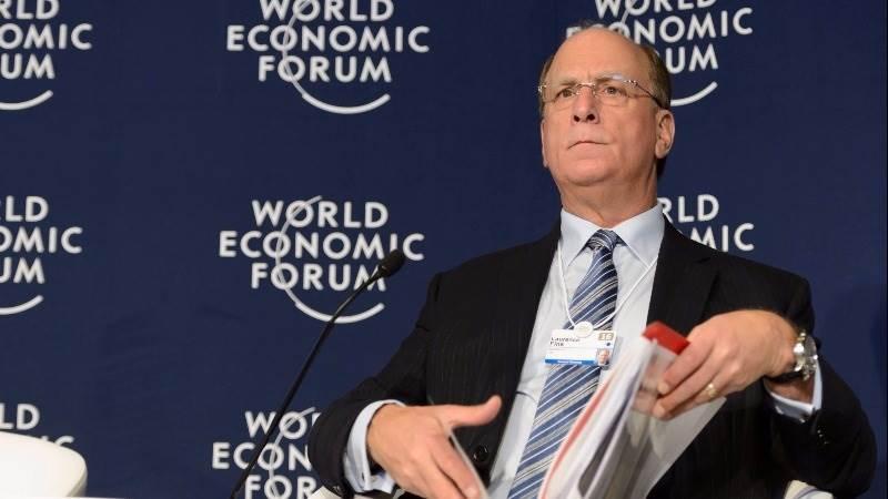 Fink: Trump should simplify regulatory framework