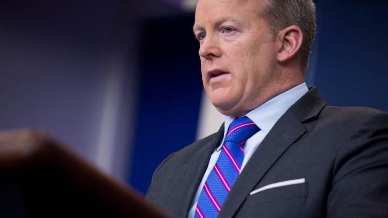 Spicer responds to Washington Post report