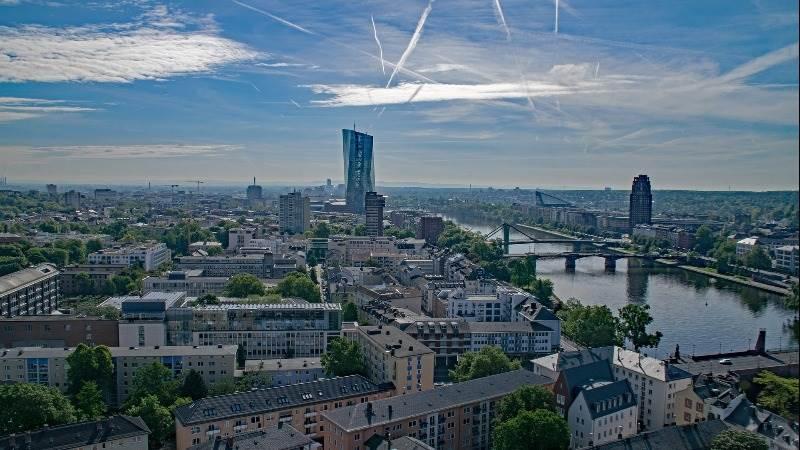 Europe seen higher ahead of Carney speech